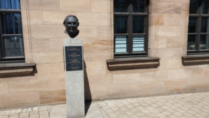 Ludwig Erhard Denkmal