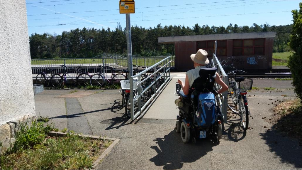 Stufenfreier Zugang Bahnhof Vach Gleis 1