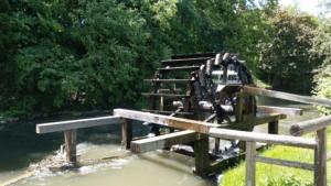 Wasserrad am Lederersteg